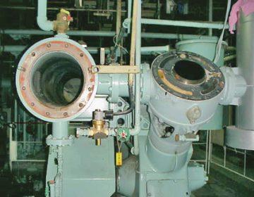 レシプロV型空気圧縮機分解点検